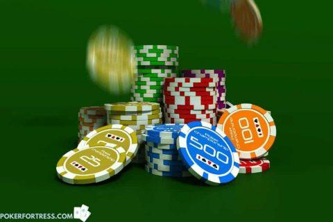 Chip poker lama dapat dijual di ebay.