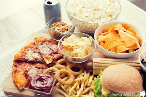 makanan dan minuman malam poker